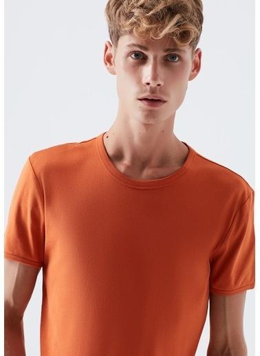 Mavi Tişört Oranj